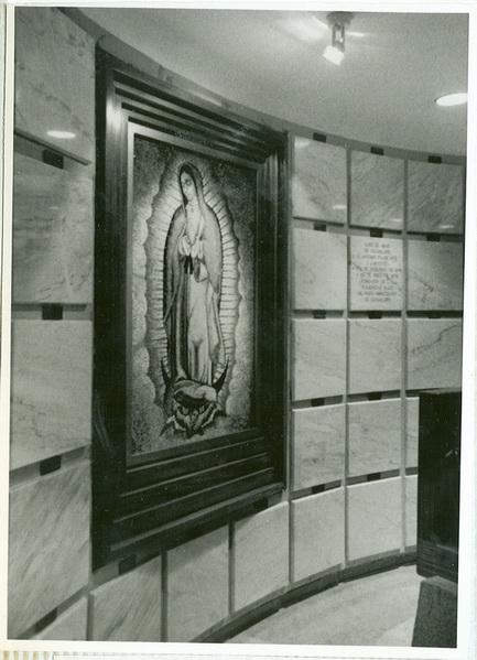 Criptas de los Abades y Cabildo de Guadalupe , donde se encuentran los restos de JAP, México D.F.