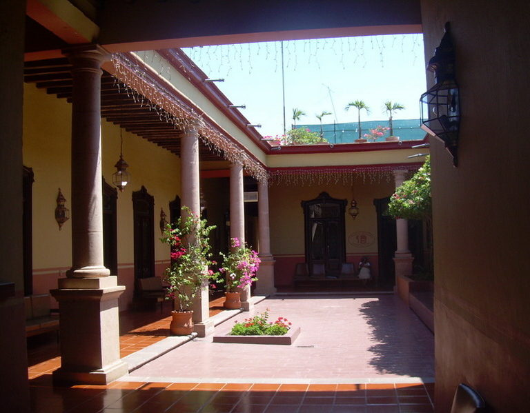 Casa paterna de JAP, hoy notaria. Zamora, Mich.