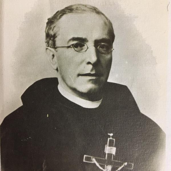 sacerdote44_resize